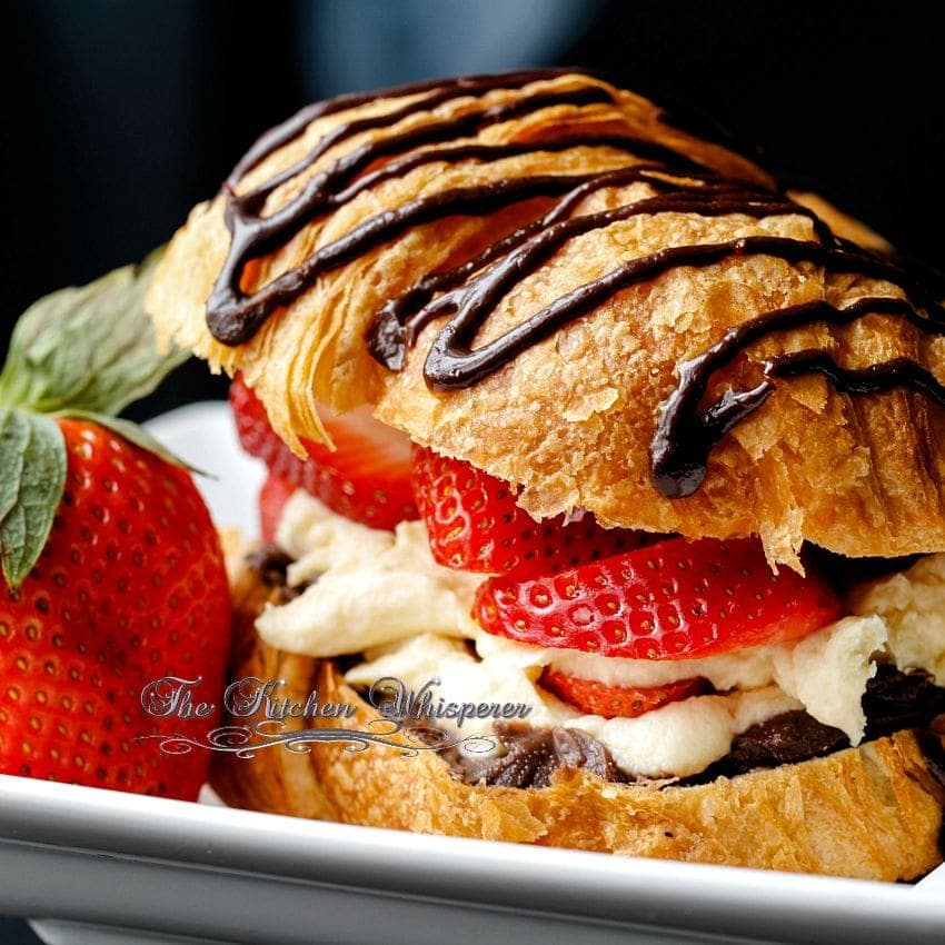 croissant love ganache pastry cream and fresh berries. Black Bedroom Furniture Sets. Home Design Ideas