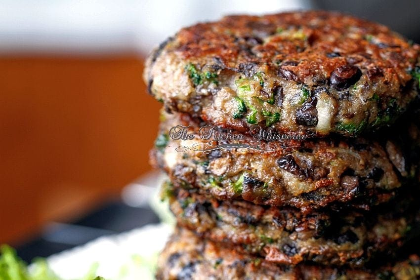 ChunkyPortabellaBlackBeanBroccoliPatty7