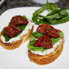 Italian Roasted Tomato Crostini